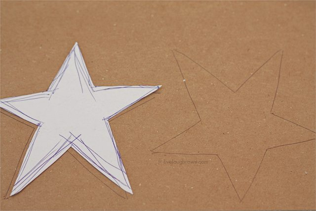 Create a template for your DIY Yarn Wrapped Star Ornament.