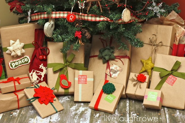 Get your kraft on gift wrapping live laugh rowe wrapped christmas gifts in kraft paper with livelaughrowe negle Image collections