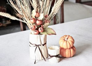 Fun and festive use of cornhusk. Create vases and votives! livelaughrowe.com