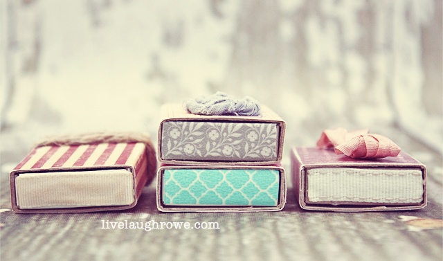 How sweet are these vintage inspired covered matchboxes? I love that you can place small gifts or little notes in them too! livelaughrowe.com