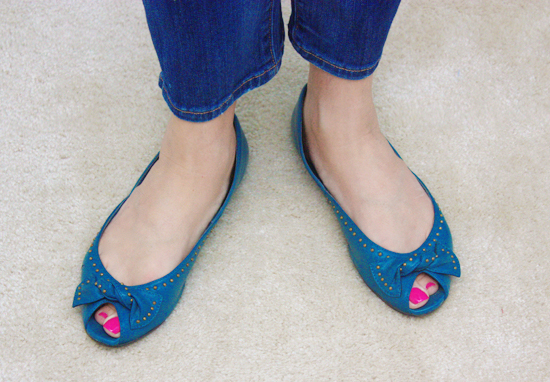 adorable turquoise shoes