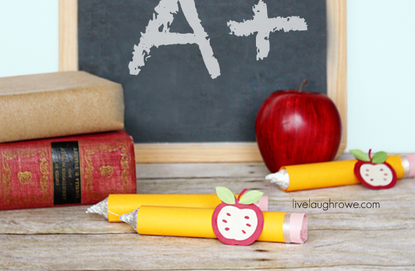 Back to School Craft of Pencil Treats with livelaughrowe.com