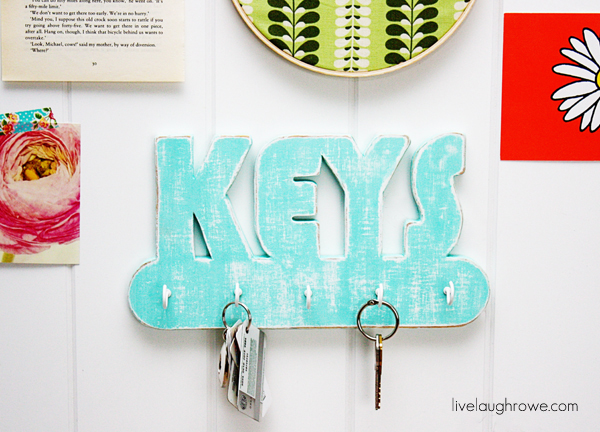 DIY Key Holder using Dremel Moto-Saw with livelaughrowe.com