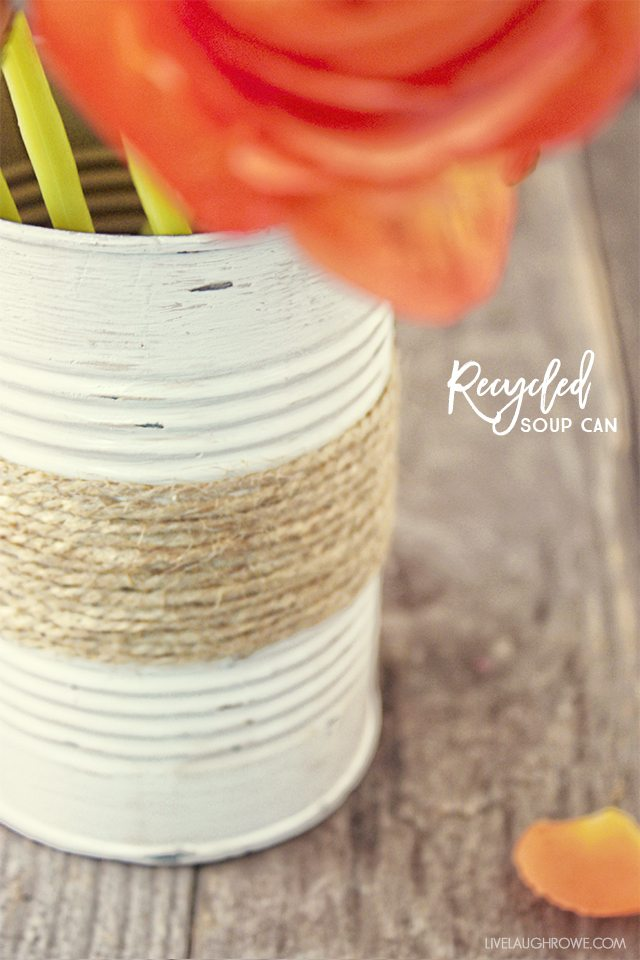 Great recycled craft! This Rustic Twine Wrapped Vase is made from a recycled soup can. Tutorial at livelaughrowe.com