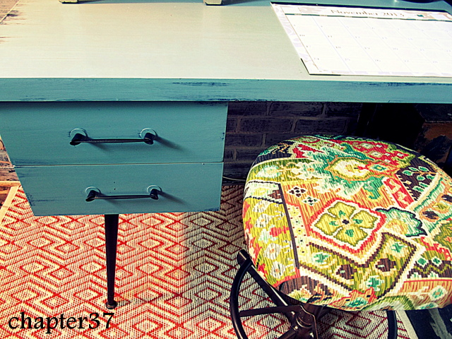 Desk Makeover from Chapter 37
