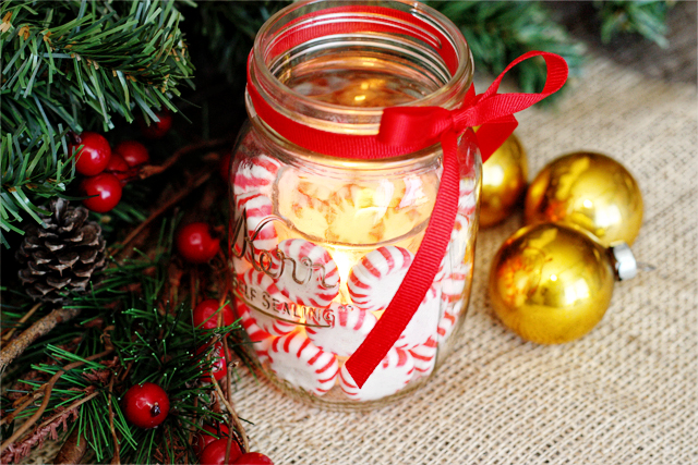 Love the glow of the Peppermint Mason Jar Candle Holder with livelaughrowe.com