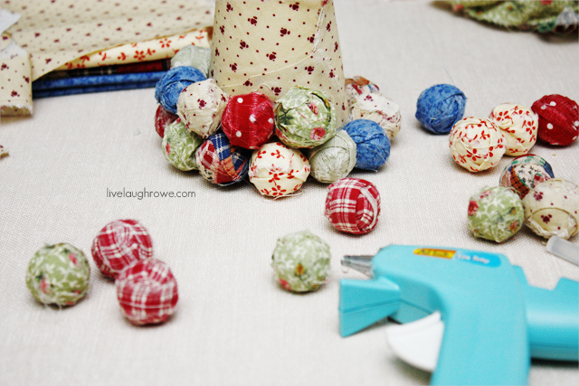 creating the scrapfabric christmas tree