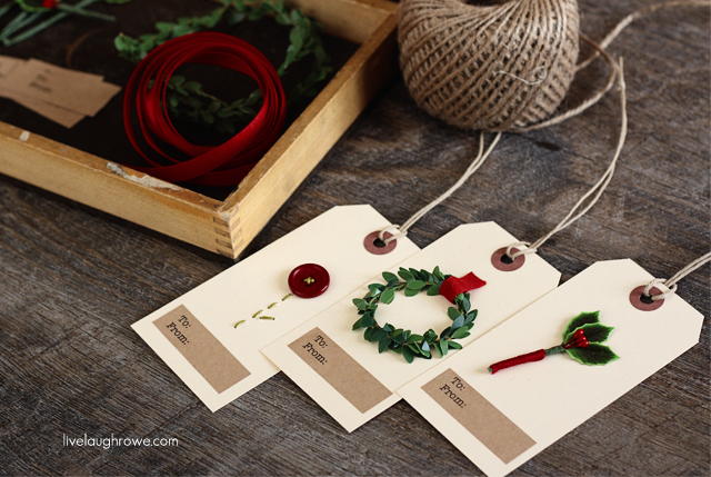 festive gift tags with livelaughrowe.com