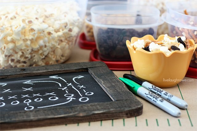 Super Bowl party fun with a Popcorn Bar for the kiddos at livelaughrowe.com
