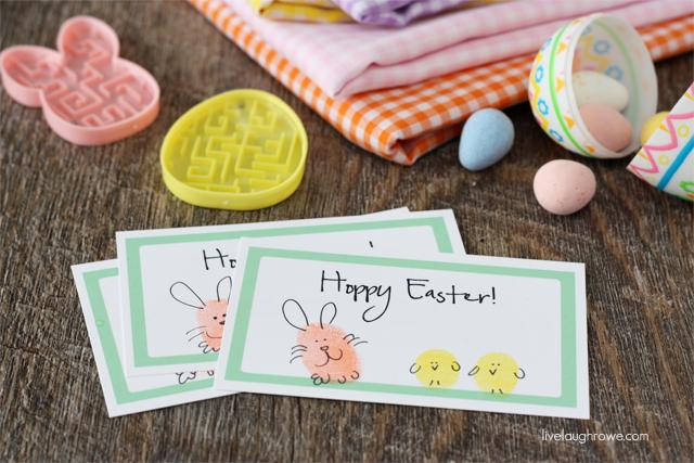 Adorable and Fun Hoppy Easter Thumbprint Printable with livelaughrowe.com
