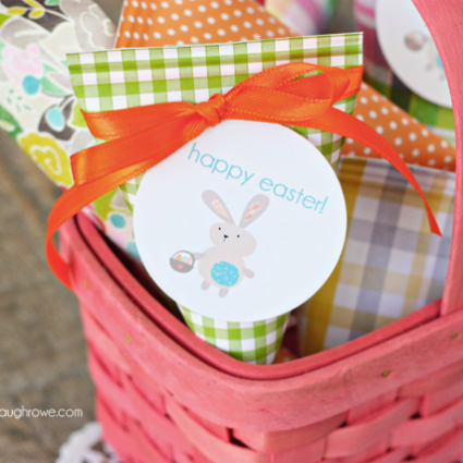 Super easy Easter Treat Holders.  Perfect last minute favor too!
