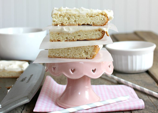 Cream-Cheese-Sugar-Cookie-Bars-TheCasualCraftlete