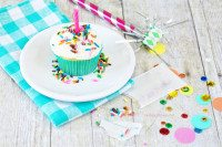 Rainbow Chip Cupcakes.  DIY Sprinkle Packets