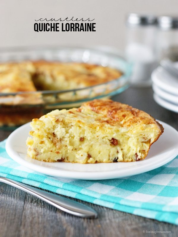 Impossibly Easy Crustless Quiche Lorraine! Perfect dish for breakfast, lunch or dinner. Recipe at livelaughrowe.com