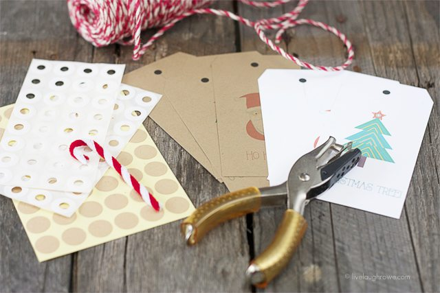 Free Printable Christmas Gift Tags! Preparing the tags. www.livelaughrowe.com