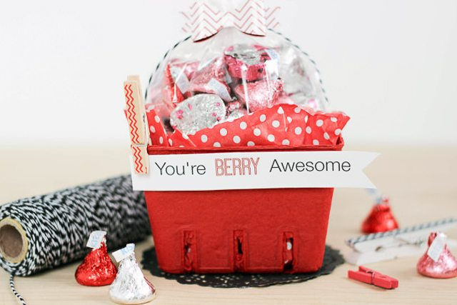 You're Berry Awesome Valentines Gift from The Casual Craftlete