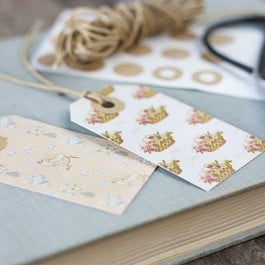 Adorable!! Vintage Inspired Printable Easter Gift Tags. Found at livelaughrowe.com