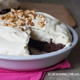 Yes, please! Hot Fudge Brownie Pie. Recipe at livelaughrowe.com