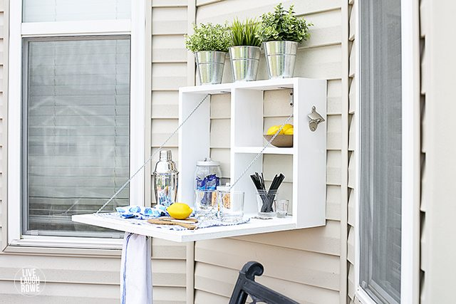How fun is this Outdoor Serving Station? It would make a great potting bench too!  livelaughrowe.com