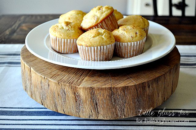 DIY-Wood-Slab-Cake-Stand.-Cake-Stand-with-plate-of-muffins.jpg