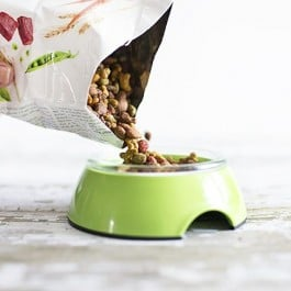 Purina Beneful Dog Food. Filling their bowls with the goodness of healthy and the joy of happy! livelaughrowe.com