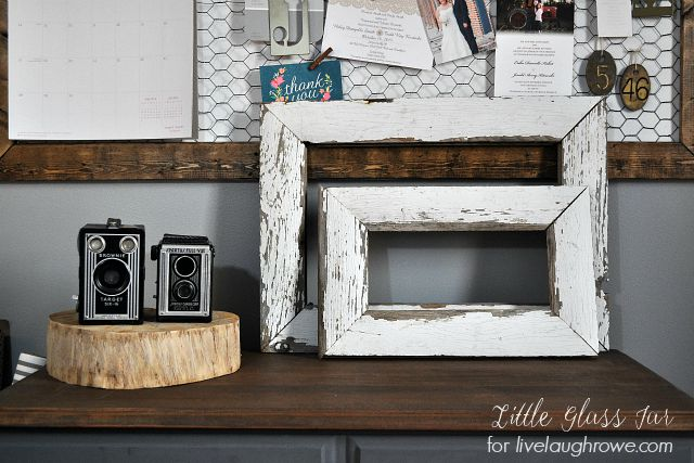 Easy DIY Farmhouse Frames