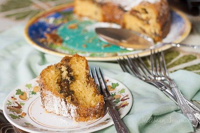 Fig Walnut Cake- jellibeanjournals
