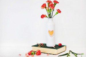 DIY Valentines Decor | Painted Vase