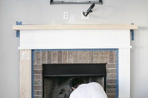 The mantel mThe mantel makeover has finally come to fruition -- and we didn't paint the oak! livelaughrowe.comakeover has finally come to fruition -- and we didn't pain the oak! livelaughrowe.com
