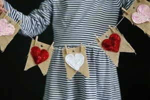 Easy Valentine Bunting Banner