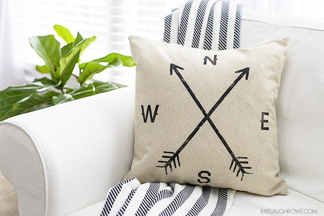 Throw Pillow Covers Farmhouse : New Farmhouse Pillow Cover and a Pillow Obsession!