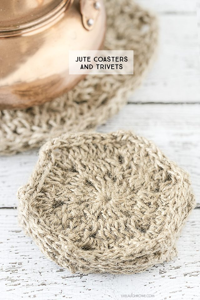 Rustic crochet jute coasters and trivets. Perfectly simplistic, yet beautiful! livelaughrowe.com