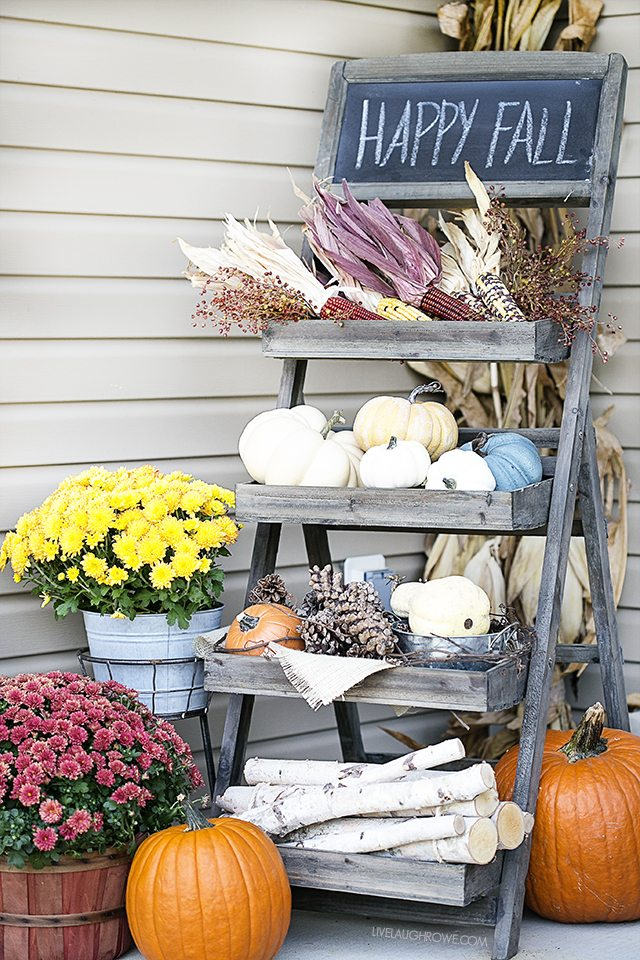 Fall front porch decor live laugh rowe Beautiful fall front porches
