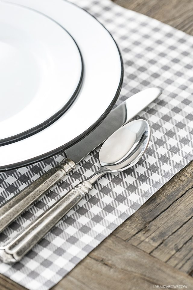 This is a must-try! DIY Placemats that are no-sew, wipeable and EASY to make. livelaughrowe.com
