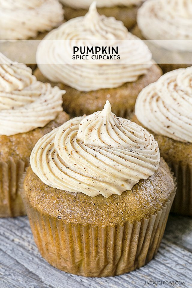 Pumpkin Spice Cupcakes with Pumpkin Cream Cheese Frosting? Yes, please and thank you! Each bite is perfection. Recipe at livelaughrowe.com
