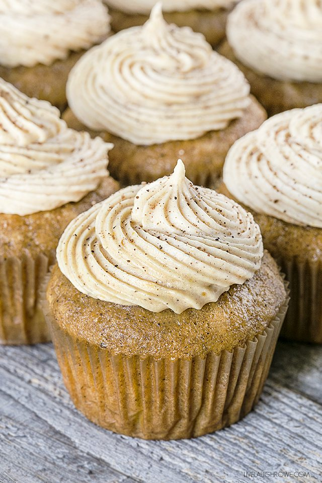 Pumpkin Spice Cupcakes with Pumpkin Cream Cheese Frosting? Yes, please ...
