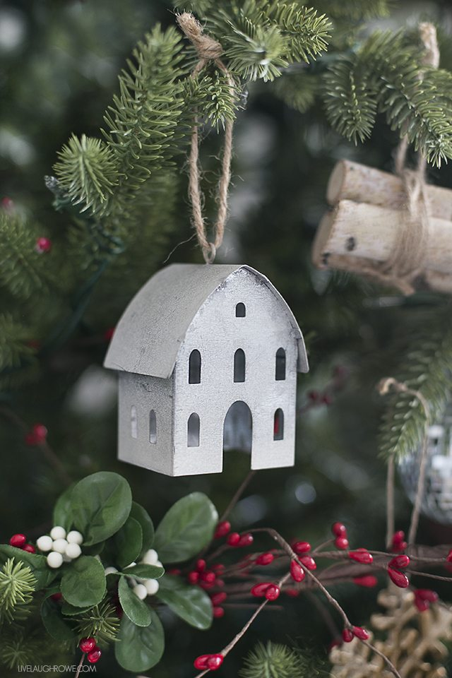 Adorable galvanized ornament on this rustic Christmas tree. livelaughrowe.com