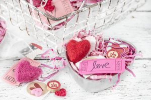 Vintage Heart Tin   Valentine's Day Gift Idea