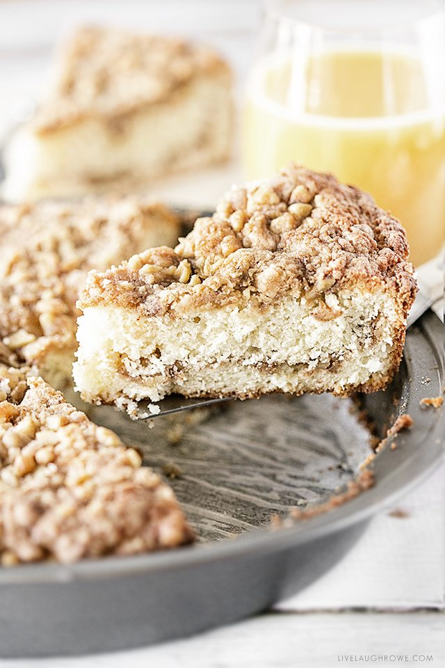 Amazing Sour Cream Crumb Cake that will delight your guests and makes a great surprise dish for the family. Recipe at livelaughrowe.com