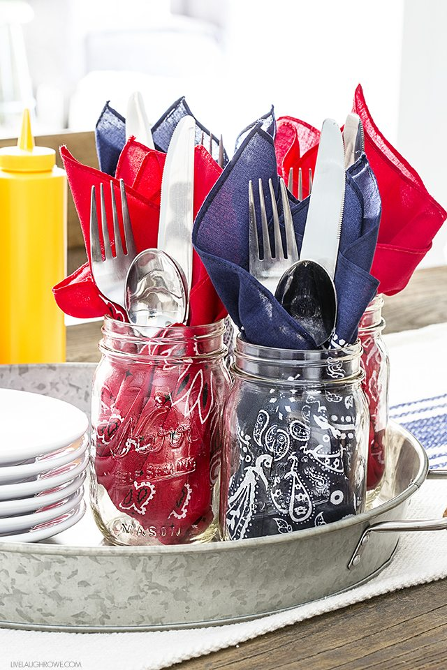 Using patriotic bandanas as napkins is genius -- they can also become a part of your patriotic table decor too! livelaughrowe.com