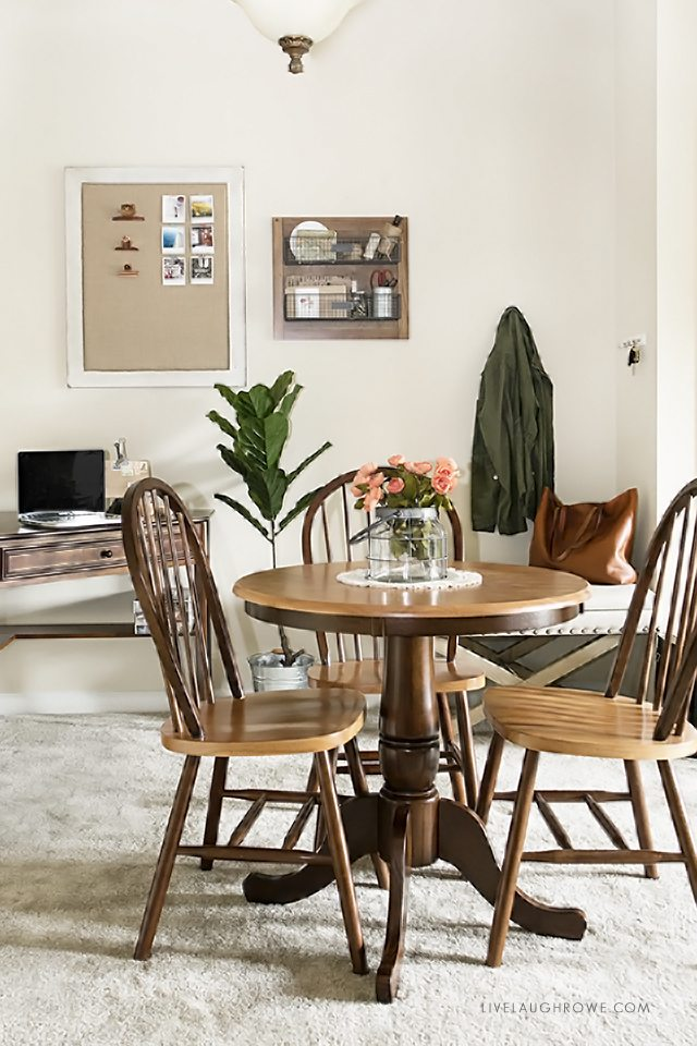 How to Make the Most of a Small Space. Great tips and ideas! Love this space. livelaughrowe.com