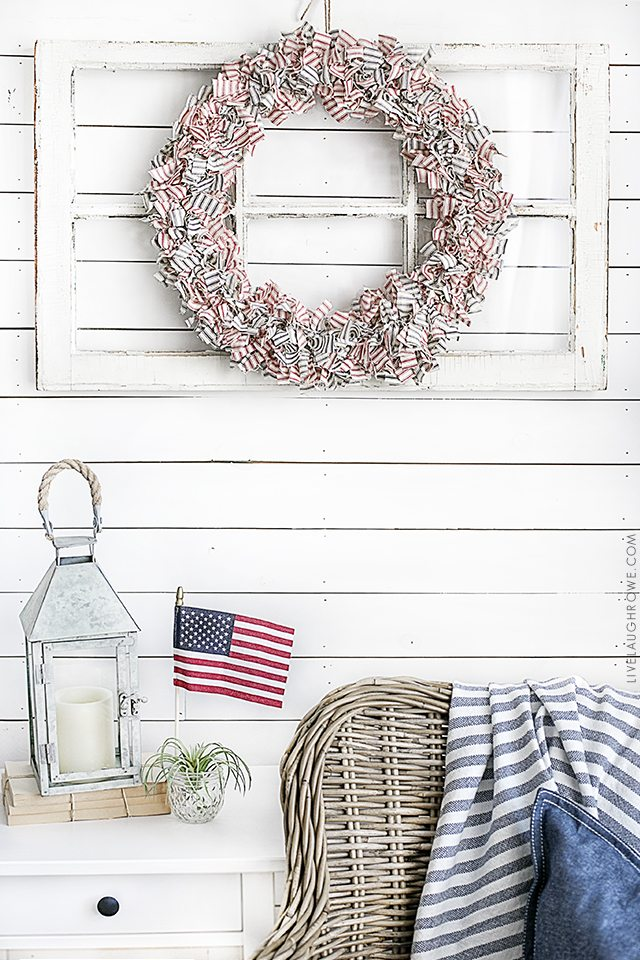 Farmhouse Inspired Patriotic Wreath made using ticking fabric in navy and red. Love it! livelaughrowe.com