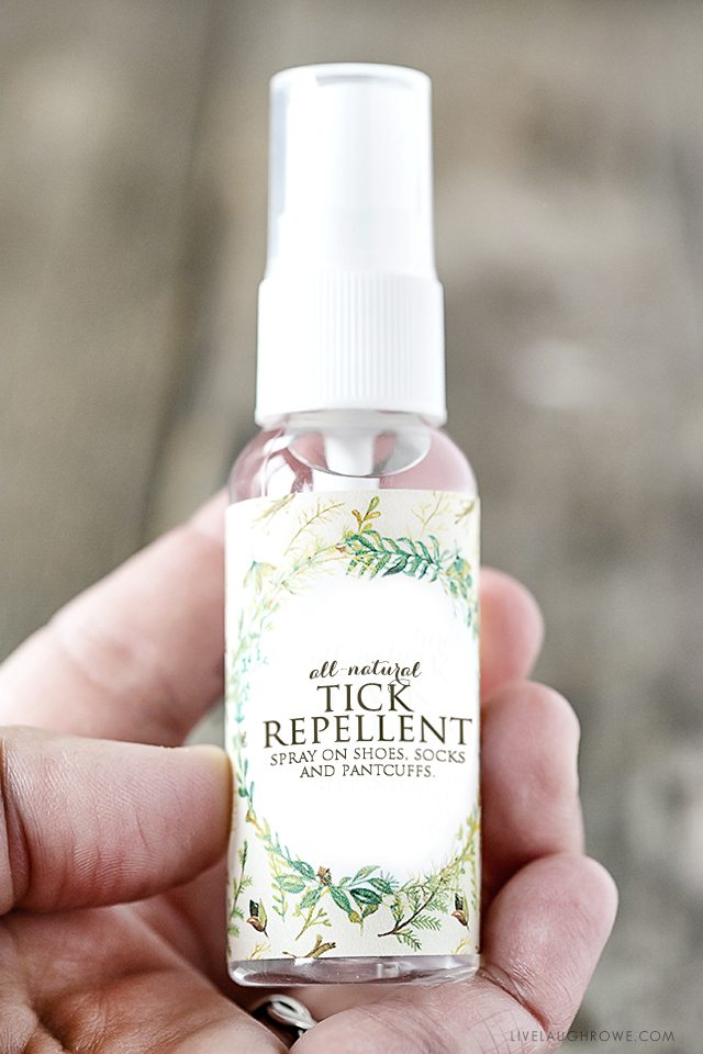 Great all natural recipe to keep on hand for Homemade Tick Repellent using essential oils. Recipe and printable labels at livelaughrowe.com