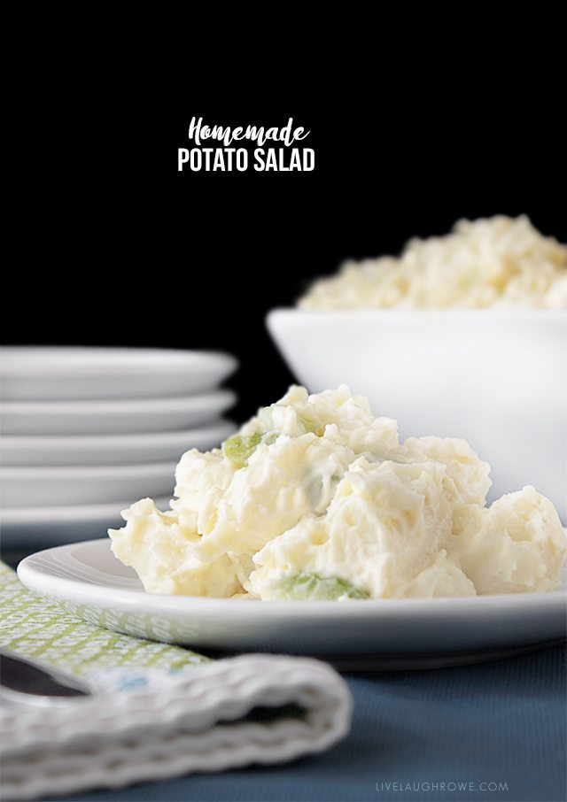 Delicious and Easy Homemade Potato Salad with livelaughrowe.com