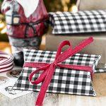 Black Gingham Printable Pillow Box | Gift Card Packaging