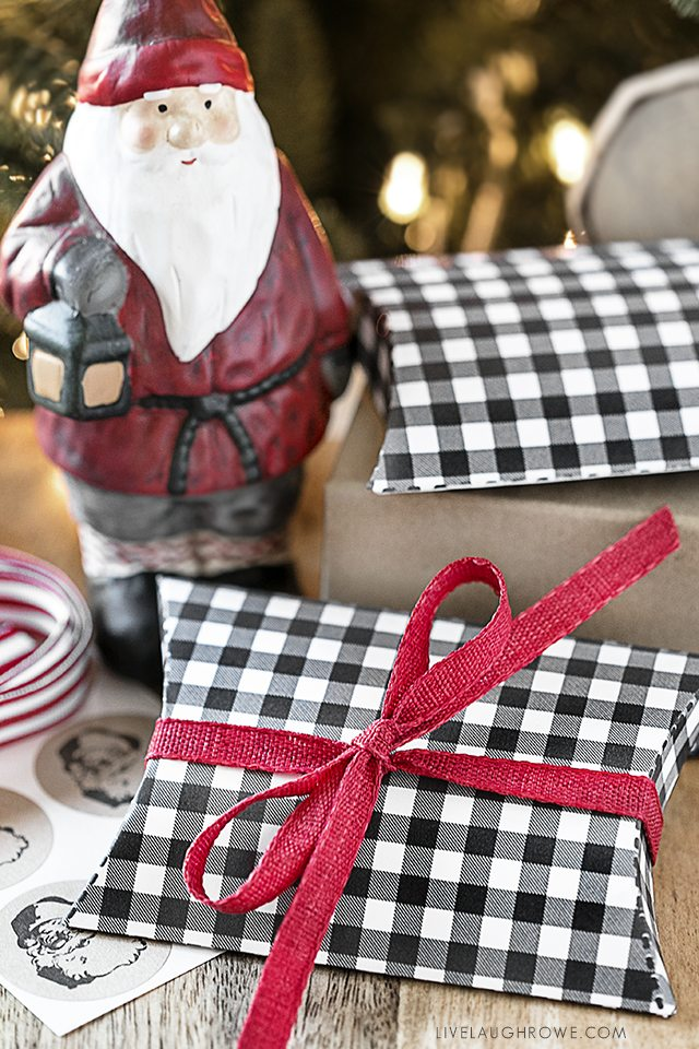 Perfect gift card holders black gingham printable pillow boxes please note all printables and downloads designed by live laugh rowe are for personal use only please do not alter the file or claim it as your own solutioingenieria Images