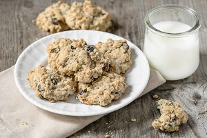 Delicious and easy Oatmeal Raisin Cookies with walnuts. They're soft, chewy and delicious! A great alternative to a candy bar or bowl of ice cream too. Recipe at livelaughrowe.com