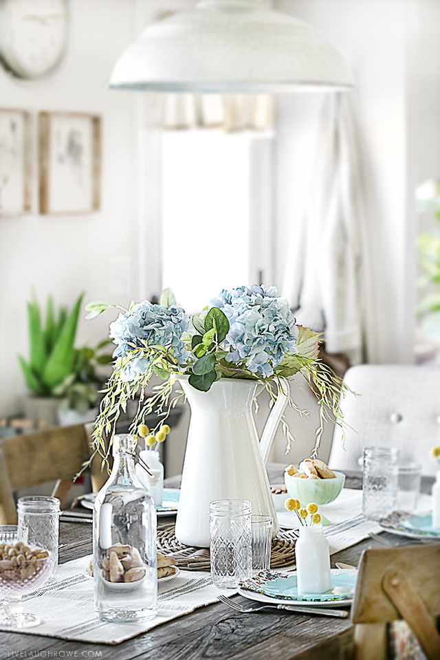 Beautiful Spring Tablescape