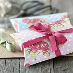 Shabby Chic Pillow Box Template | Free Printable!