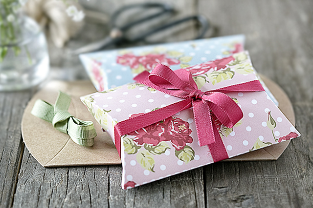 Two darling shabby chic pillow box printables. This box template is available in a pink and blue floral that is great for Mother's Day, birthdays, or just because! Print yours today at livelaughrowe.com